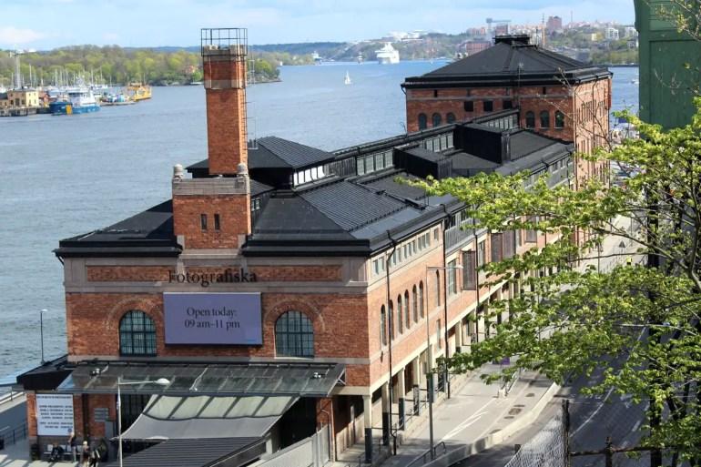 Das Fotografiemuseum Fotografiska ist eines der kulturellen Highlights in Södermalm