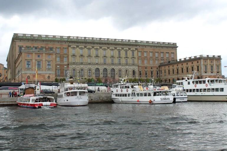 """Stockholms Stadtschloss liegt am Anfang der """"Unter den Brücken"""" Tour"""