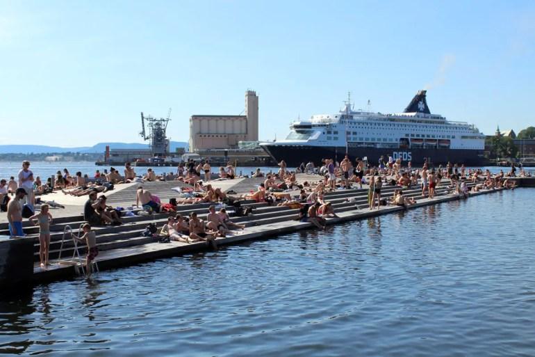 Sorenga Sjobad: Schwimmen mit Blick auf die Stadt