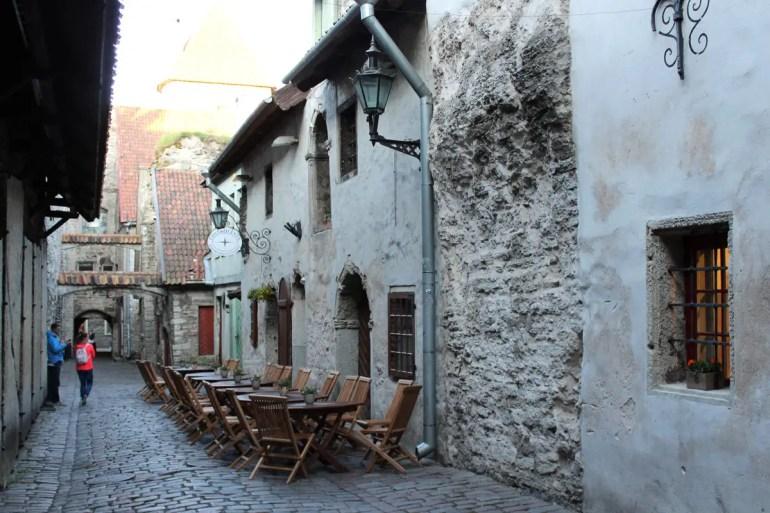 Die Katharinenpassage in Tallinns Altstadt ist eine der ältesten Straßen der Stadt