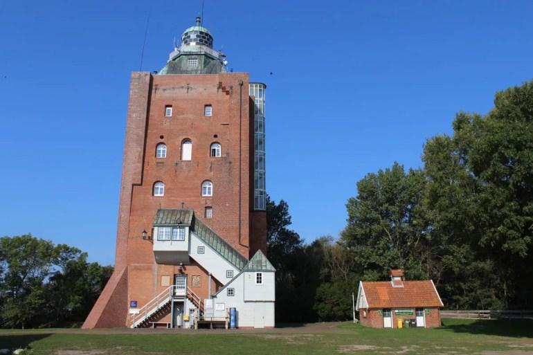 Der Leuchtturm auf der Insel Neuwerk ist Hamburgs ältestes Gebäude