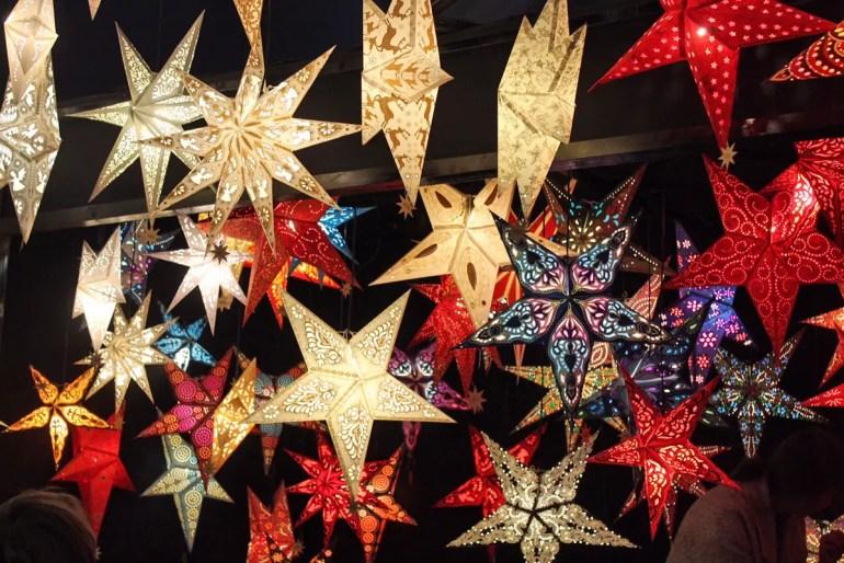 Auf dem Tollwood Winterfestival findest du viele tolle und ausgefallene Geschenke