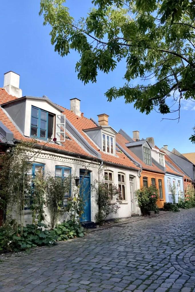 Süße historische Häuschen im Zentrum von Aarhus