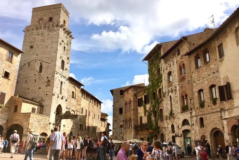 San Gimignano mit seinen Geschlechtertürmen ist einer der beliebten Spots in der Toskana