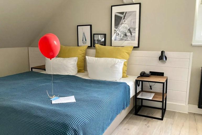 Auch die Zimmer im Hotel Boje 06 sind stylisch eingerichtet