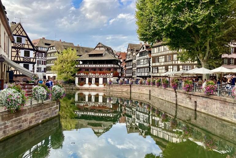 Die Petite France ist eine der beliebtesten Sehenswürdigkeiten in Straßburg
