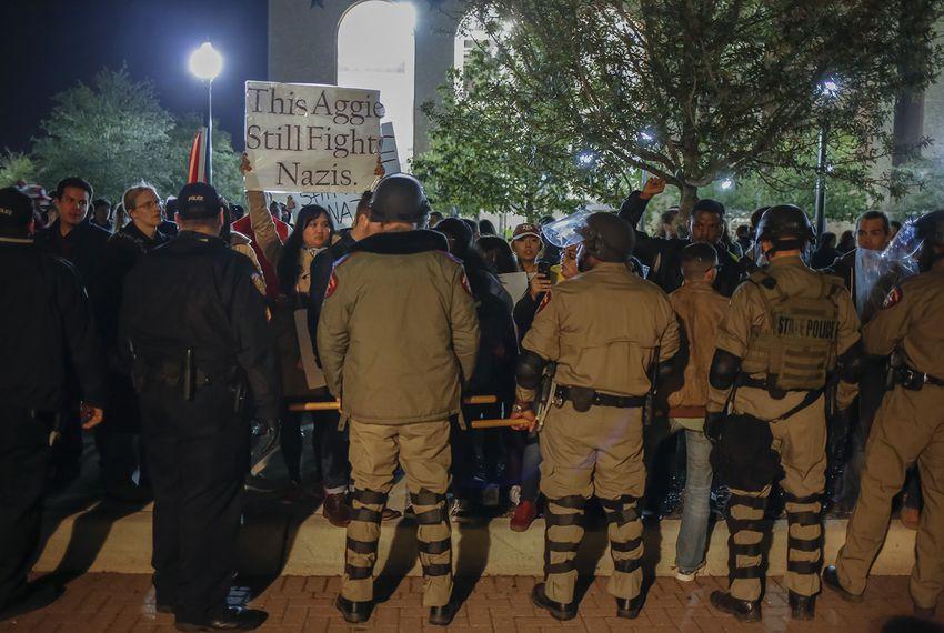 SPENCER_PROTEST1597_TT_1558153150980.jpg