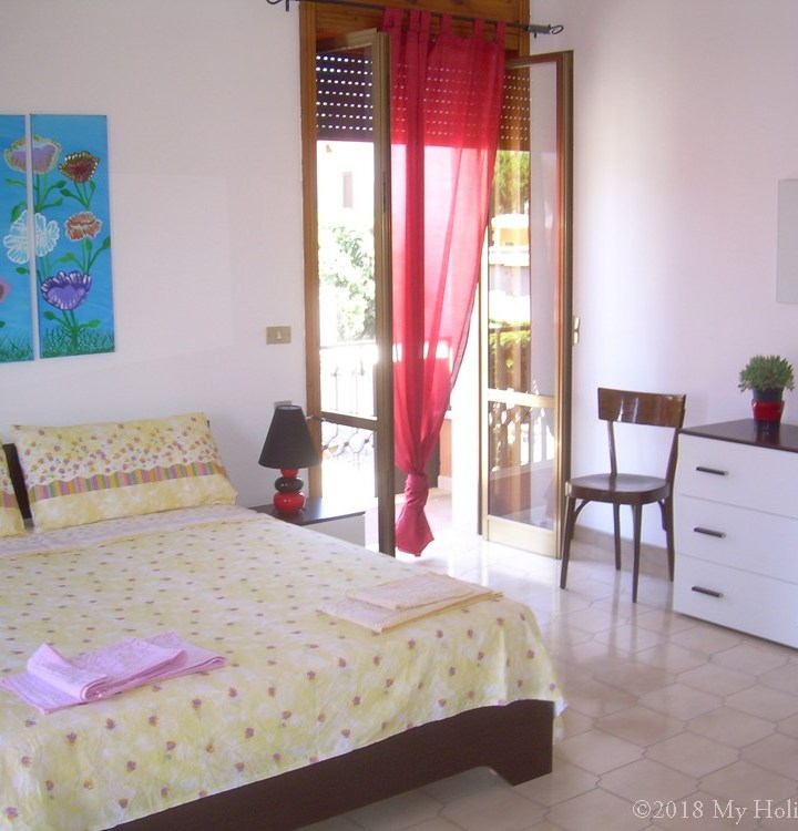 Book Amandine Apt from € 120/night