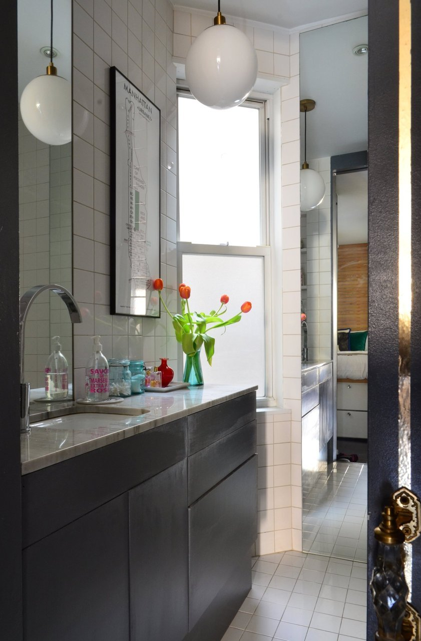 Small Apartment Makeover on Small Apartment Bathroom  id=82640