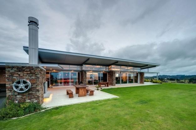 Okura House by Bossley Architects 01