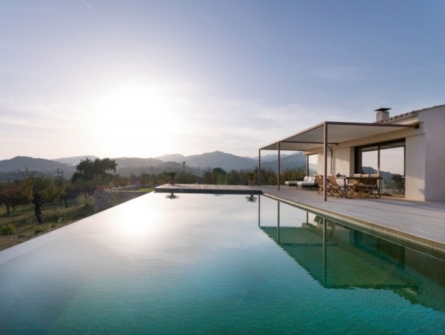 Modern house in Mallorca by Marga Rotger 01