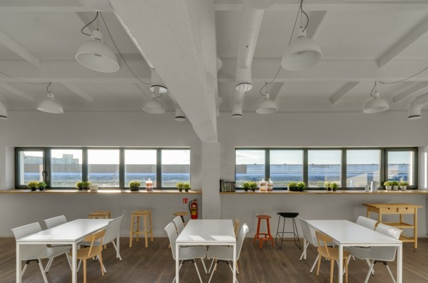 Industrial Office by DO ARCHITECTS 14