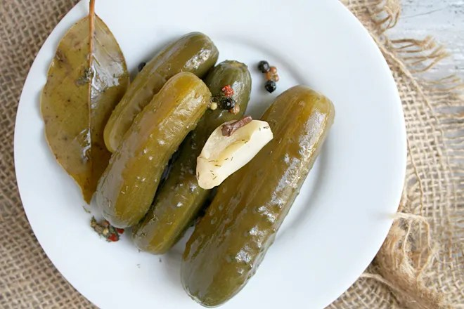 A Simple Recipe for Homemade Natural Fermented Pickles