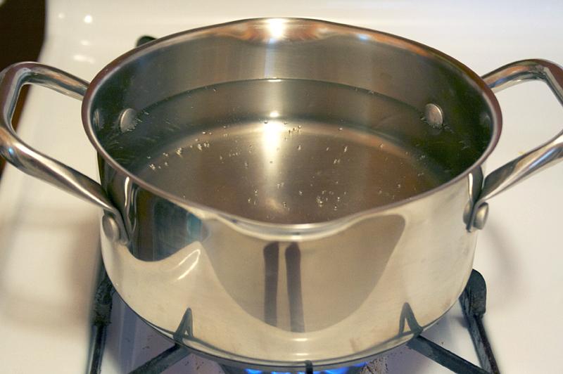 How to Poach an Egg PLUS A Seasonal Tartine Recipe | myhumblekitchen.com