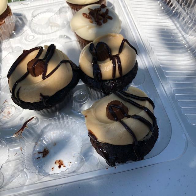 Sweet Mandy B's cupcakes