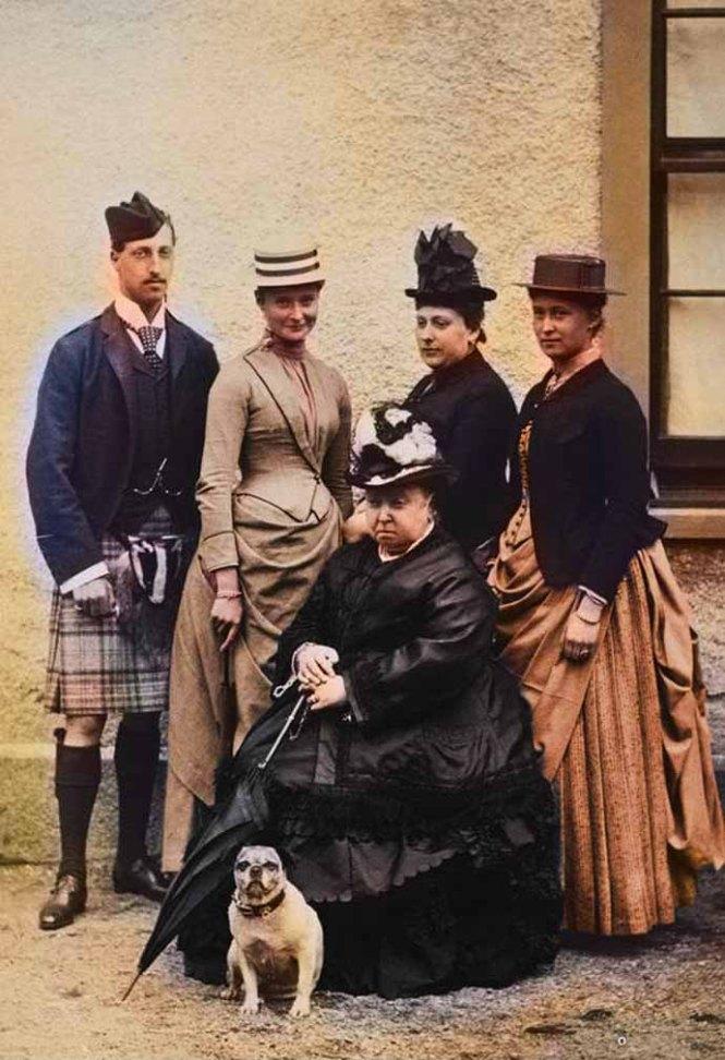 royal-family-1887