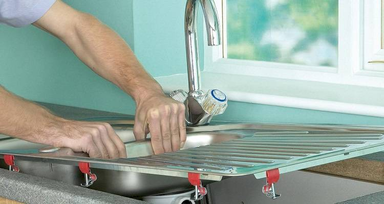 how to install a kitchen sink step by