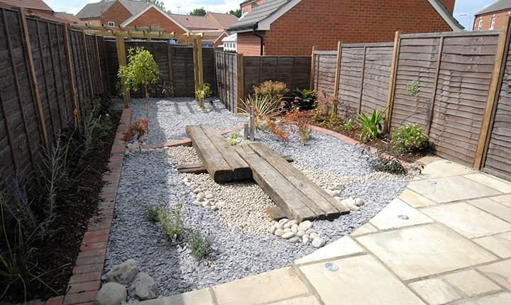 Low Maintenance Gardens - Enjoy Your Garden More on Low Maintenance Backyard  id=63561