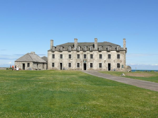 French_castle_at_Fort_Niagara_2