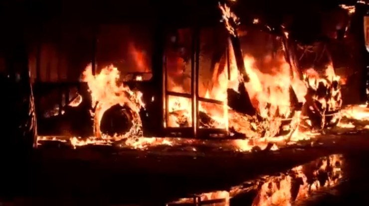 Fire engulfs 4 Ayalolo buses in STC workshop in Kumasi - MyJoyOnline.com