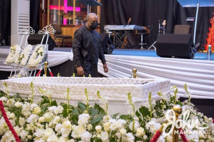 Mahama eulogises Kwasi Sainti Baffoe-Bonnie