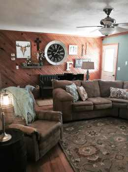 Living room remodel with vintage chic style