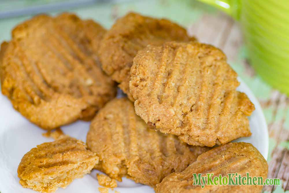 Low Carb Macadamia Nut Butter Cookies