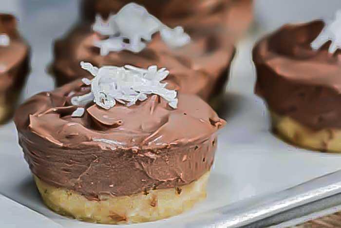 Chocolate Cheesecake keto Snacks