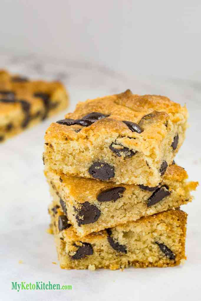 Low Carb Peanut Butter Chocolate Chip Blondies