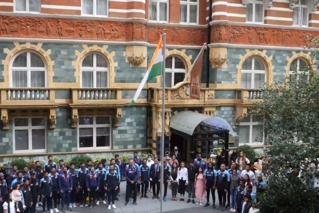 Virat Kohli, Ravi Shastri hoist national flag in London as Team India celebrates 75th Independence Day