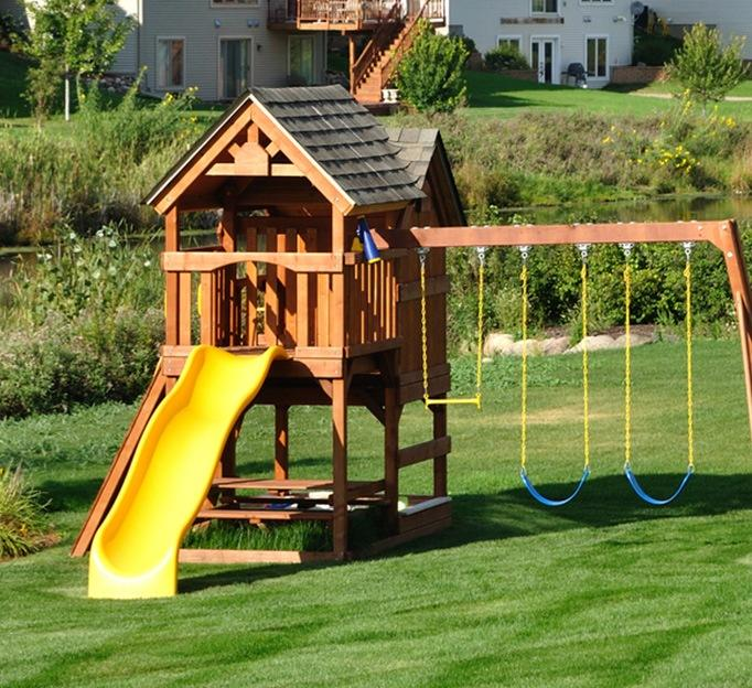 Step2 Lookout Treehouse Climber Playset