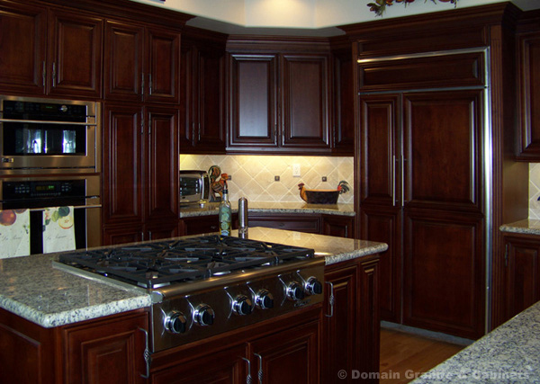 Improve The Look Of Your Kitchen With Mahogany Kitchen
