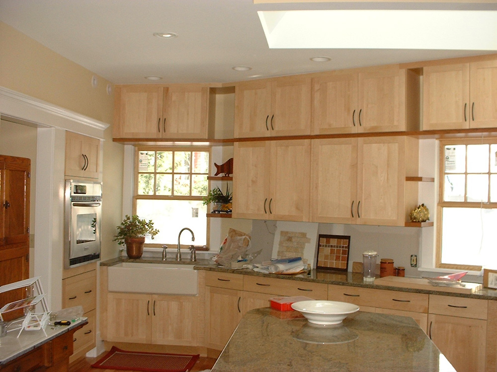 Have the Natural Maple Kitchen Cabinets for Your Home - My ... on Natural Maple Cabinets With Quartz Countertops  id=85867