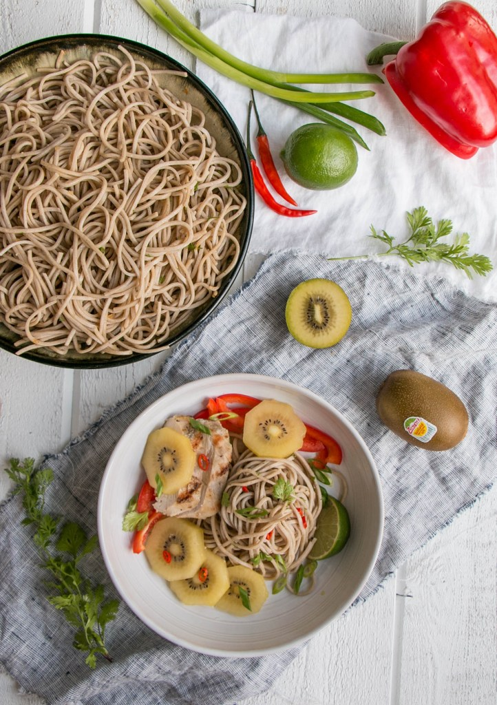 Kiwifruit and Chicken Soba Noodle Salad | My Kitchen Love