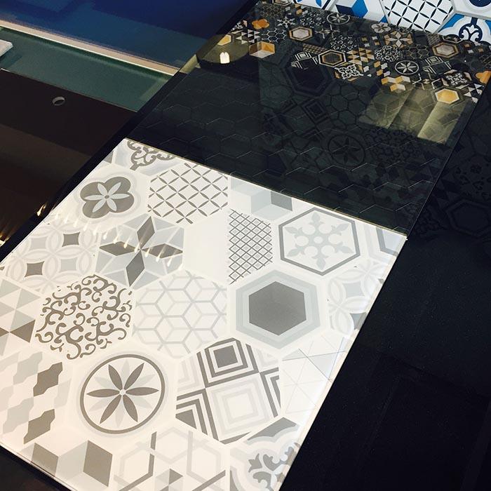 colora image laminated glass custom