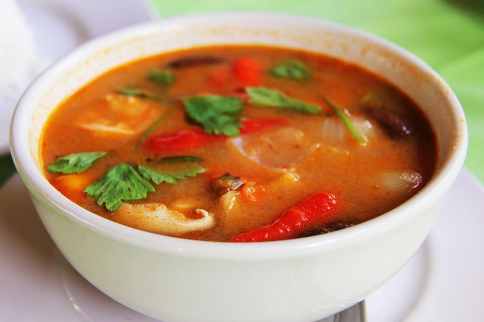 tom yam - soupe spécialité thailandaise