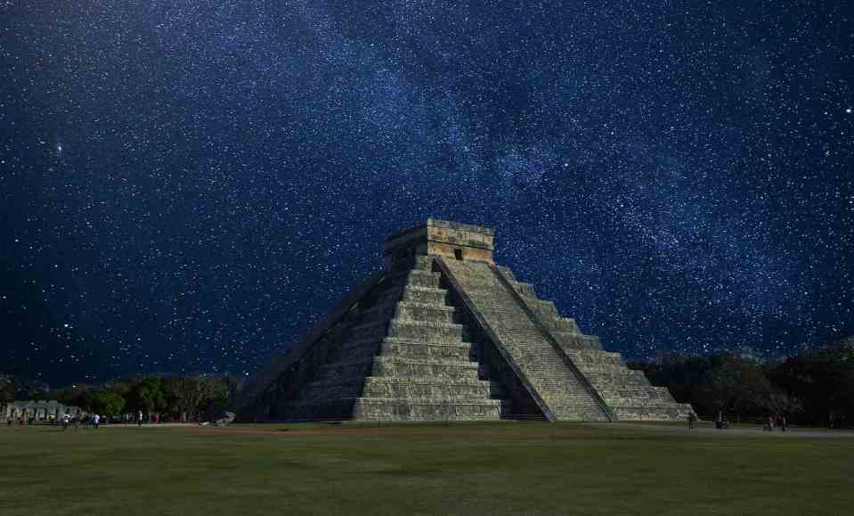 Chichén Itzá - Pyramide de Kukulcan au Mexique