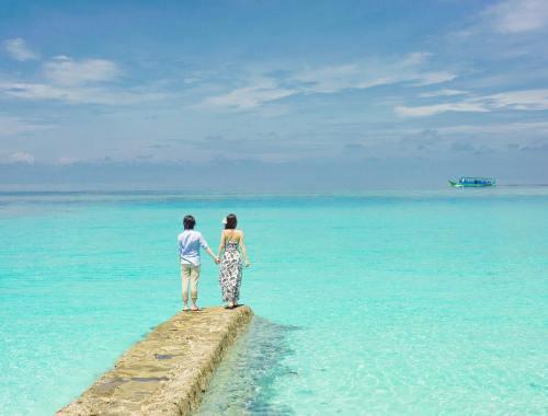 Ponton océan eau turquoise mexique vacances.jpg