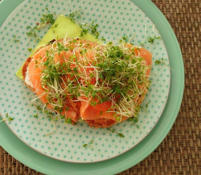 toast met zalm en mierikswortelcrème