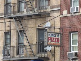 King's Pizza (Sedgwick & Kingsbridge)