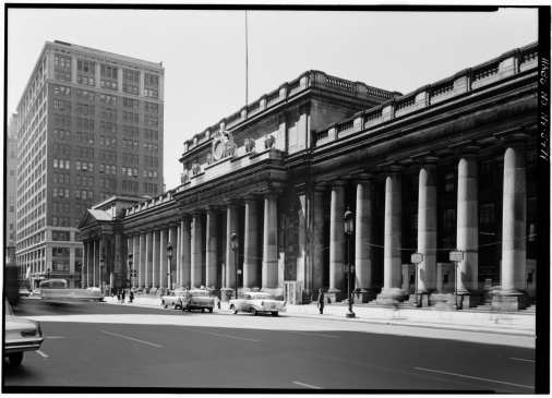 Main façade in 1962 by Cervin Robinson