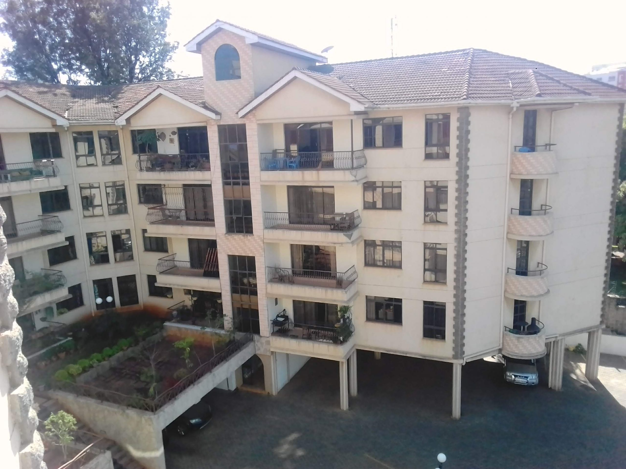 Flat for Rent Brookside Drive