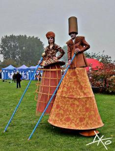Märchenfiguren zum Herbstfest in den Gärten der Welt
