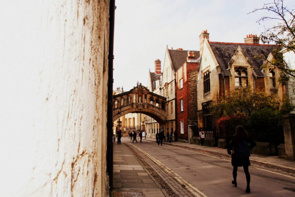 The bridge of Sighs is one of the hidden gems of Oxford, off the beaten track. But there is so much to see and do in this wonderful city. Just wander and take it all in!