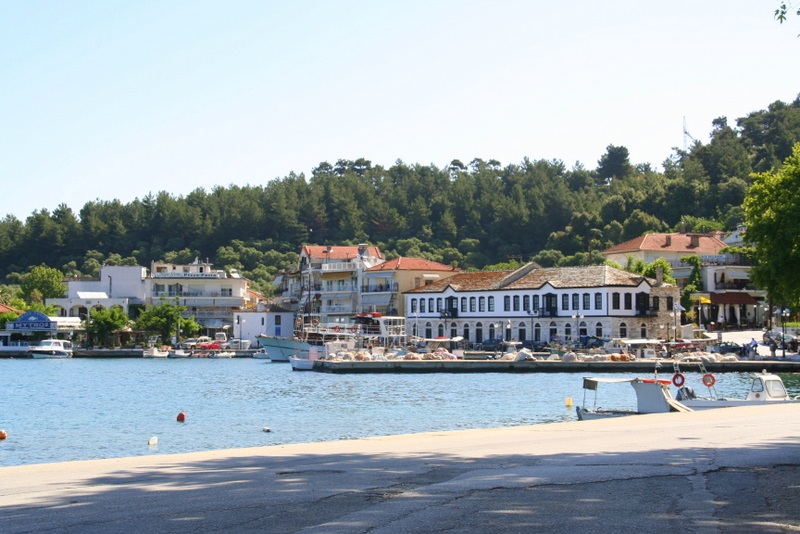 Thassos town has some of the best restaurants and bars on the island, great fresh fish and squid and gorgeous views of the harbour