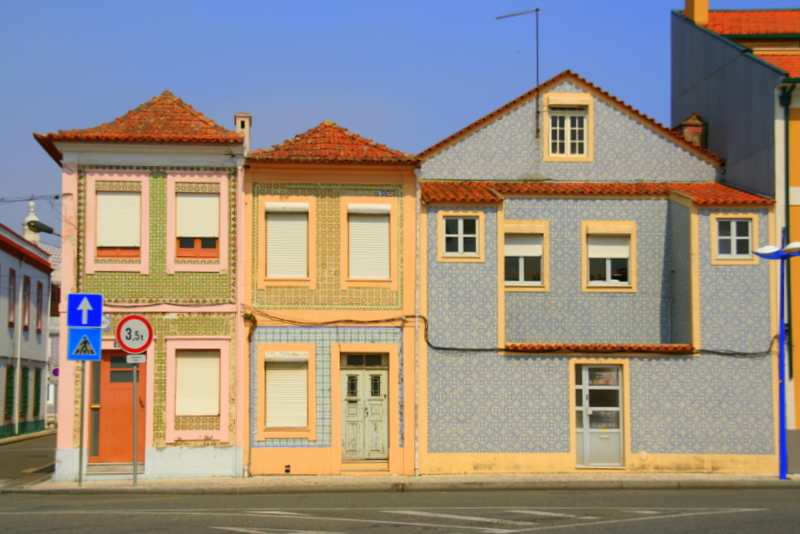 The Beautiful tiled houses of Aveiro, Portugal, really make this a unique looking town, so colourful and welcoming.