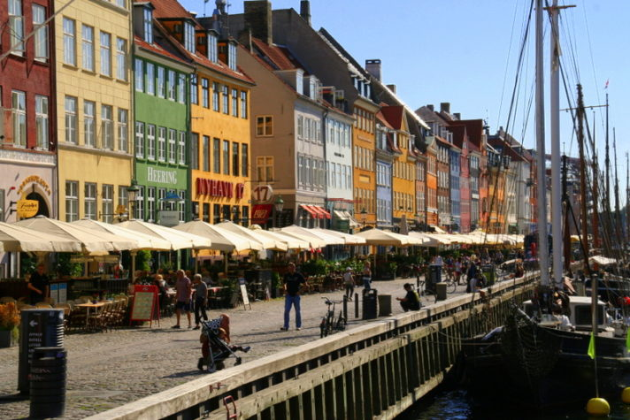 Nyhavn - a colourful spot of Copenhagen. We discovered the best of Copenhagen on our rainy weekend break and are eager to return for more. So much to see and do in this Scandinavian city.