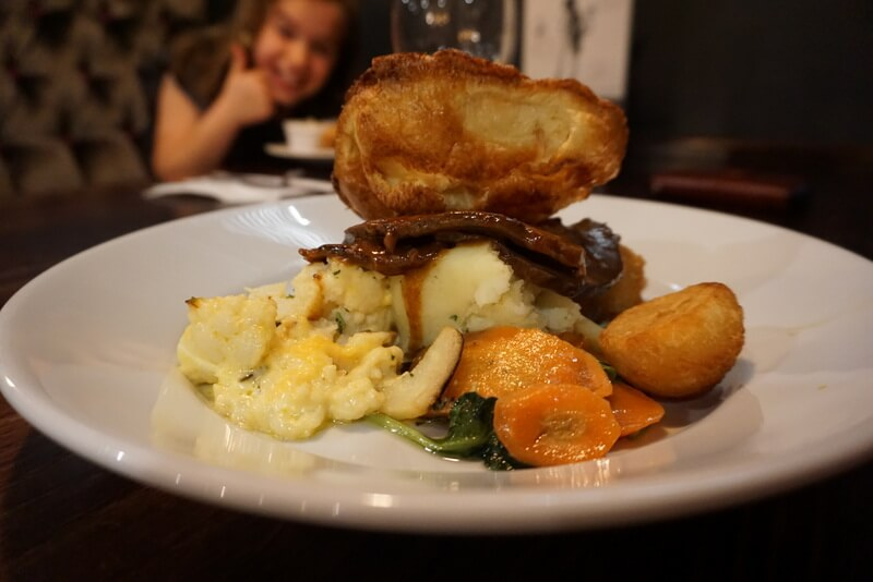 Fat Cat in Nottingham does one of the best Sunday dinners in the city - a fine roast on a great deal of £22.99 for 2 sunday roasts and a bottle of house wine