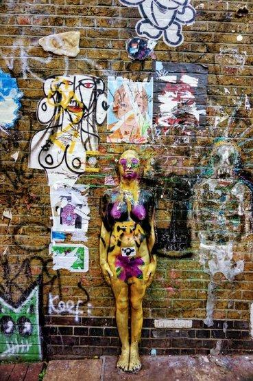 brick lane graffiti walk
