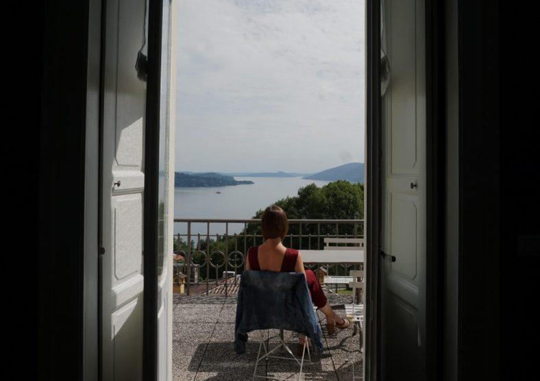 hotel with a lake view Maggiore
